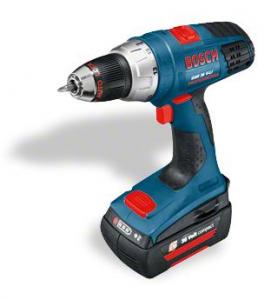 Blå Bosch boremaskine